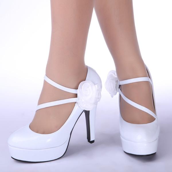 sapatos-de-noiva-noiva-sapatos-brancos-sapatos