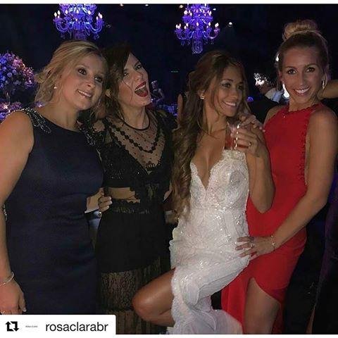 Resultado de imagem para 2 vestido de noiva antonella  rosa clara